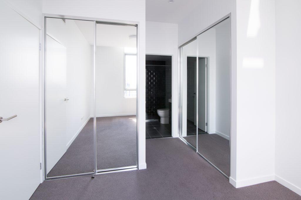 Polished Silver Framed Mirror Robe Door & Polished Silver Framed Vinyl Robe Door with Polished Silver Tracks