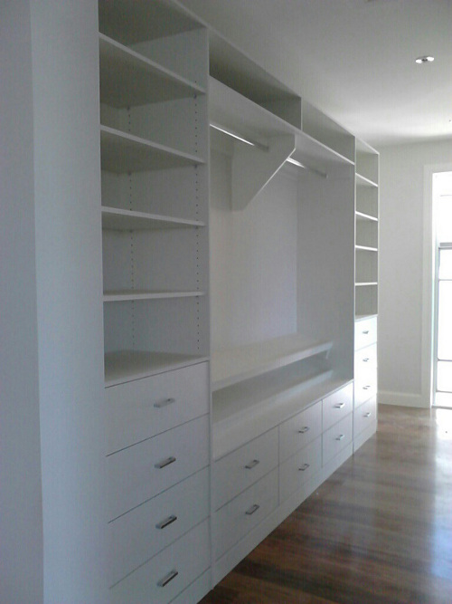 Walk In Wardrobe With Inset Drawers
