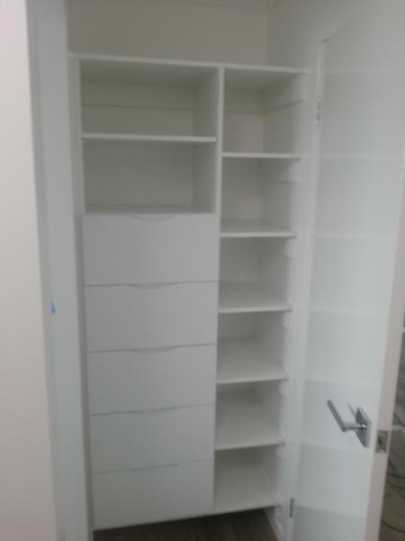Drawer Unit With Shelves
