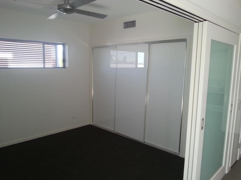 Sliding Super White Wardrobe Doors