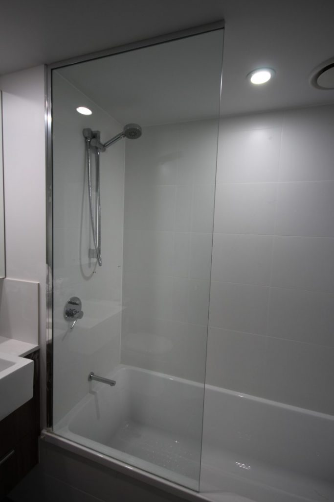 Shower Screen Panel with Polished Silver Aluminium