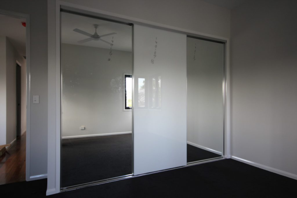 Polished Silver Framed Mirror & Super White Robe Doors with Polished Silver Tracks