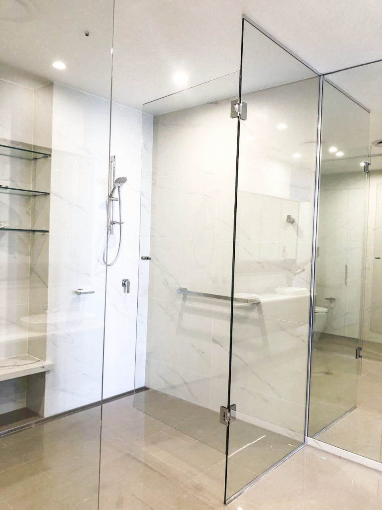 Frameless Shower Screen with Polished Silver Hinges