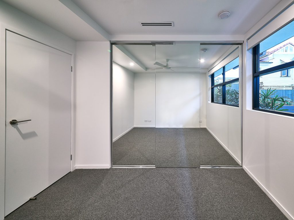 Frameless Mirror Robe Doors with Polished Silver Tracks