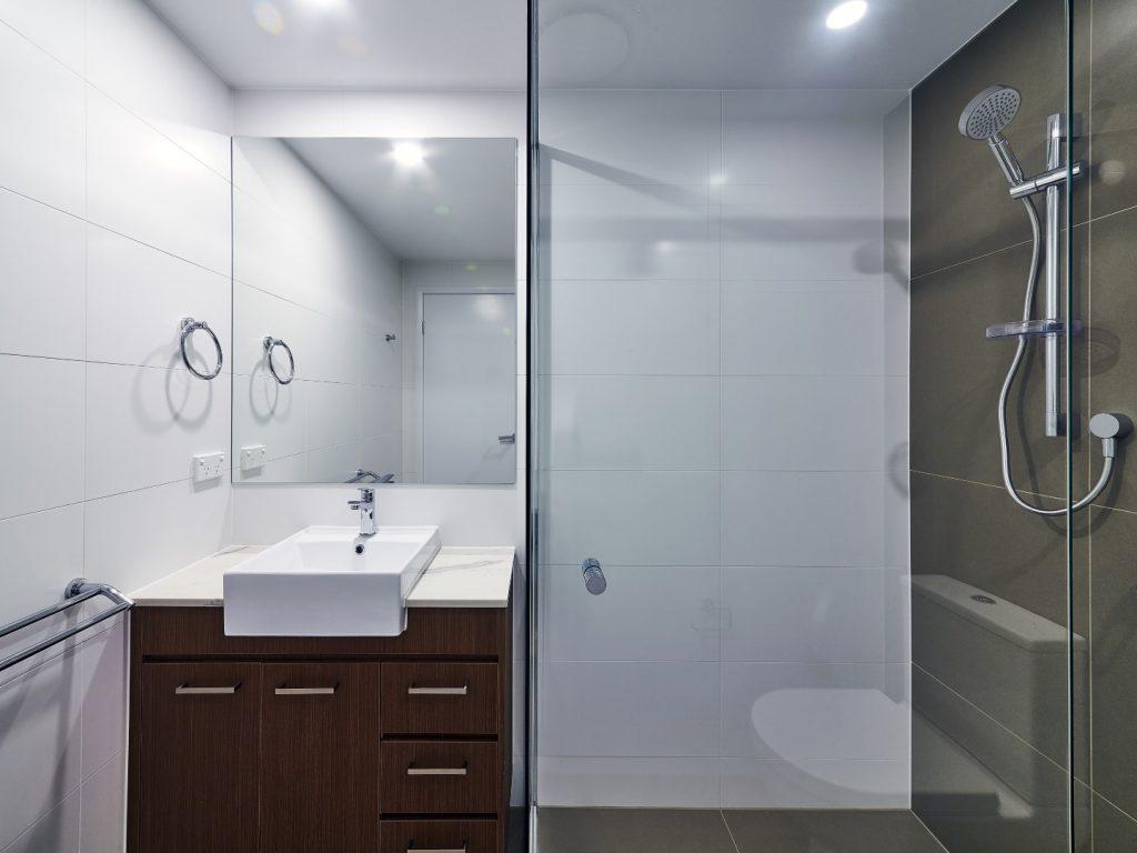 Frameless Vanity Mirror & Semi-Frameless Vogue Shower Screen with Standard Shower Screen Knob