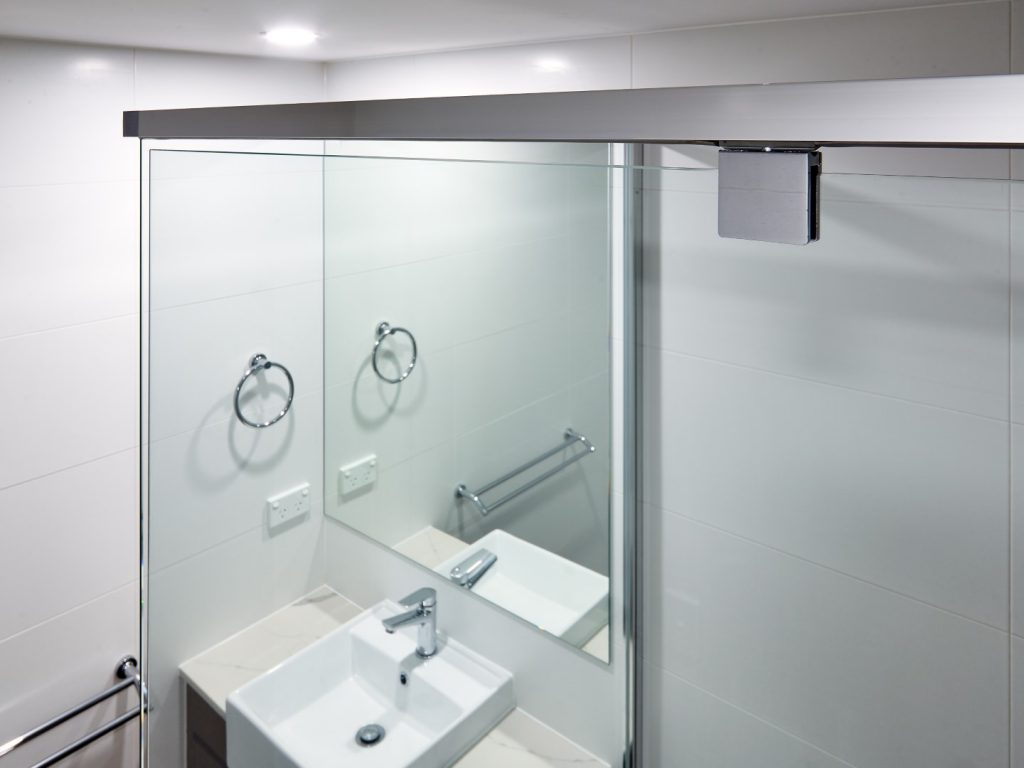 Frameless Vanity Mirror & Semi-Frameless Vogue Shower Screen with Polished Silver Frame & Pivot