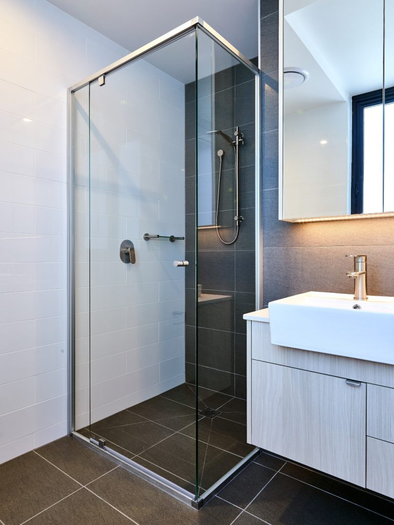 Semi-Frameless Vogue Shower Screen with Polished Silver Frame & Mirror Shaving Cabinet