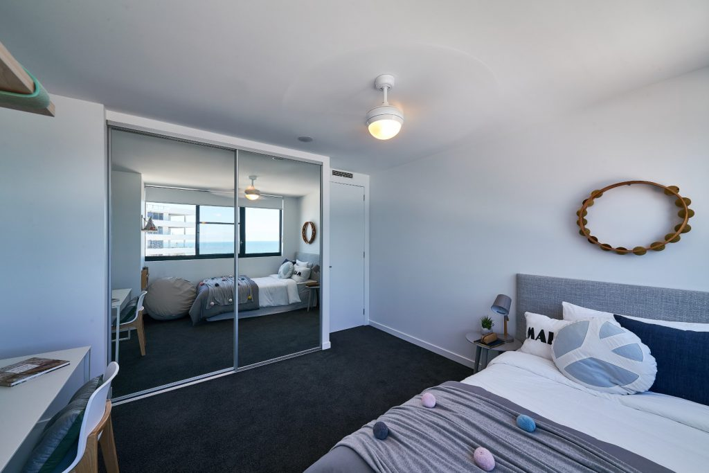 Mirror Robe Doors with Polished Silver Frame & Tracks