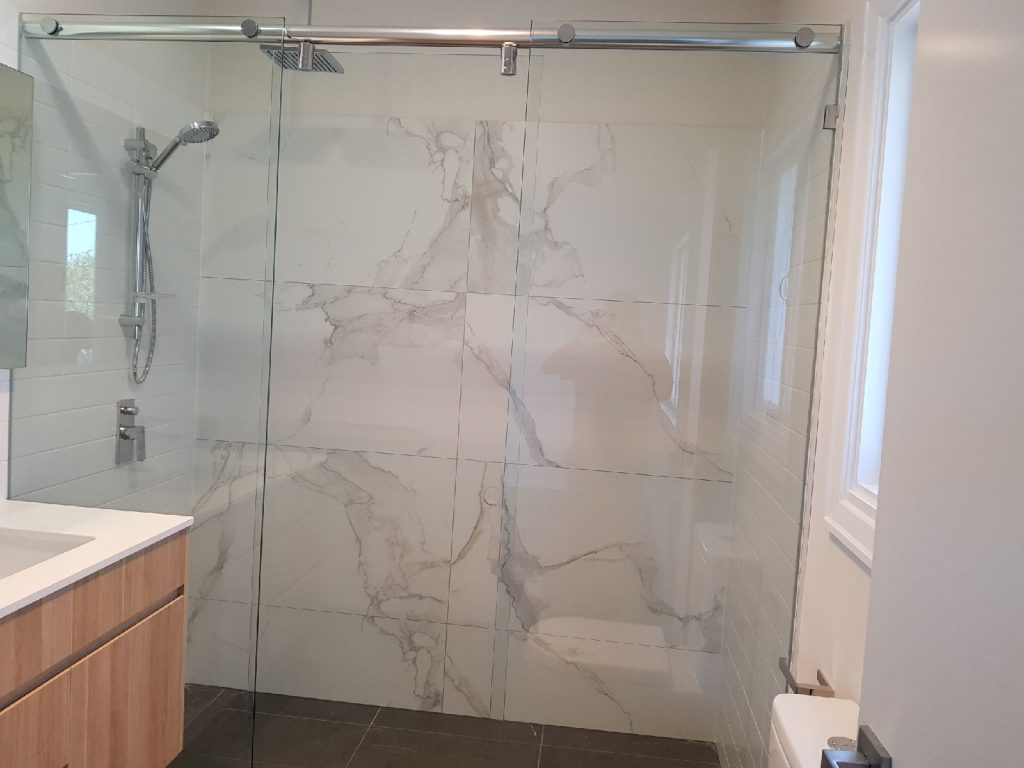 Hydro Shower Screen