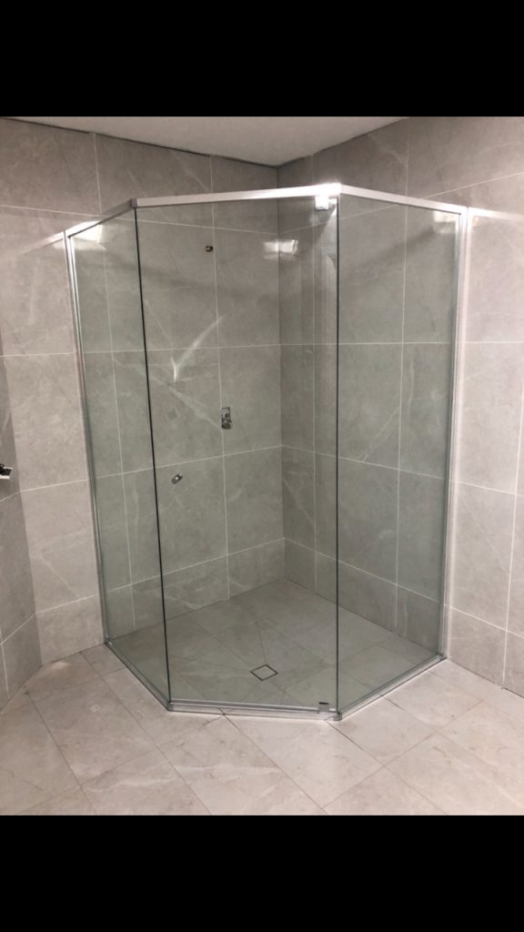Splayed Shower Screen with Polished Silver Aluminium