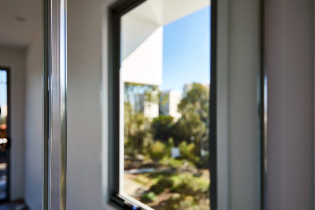 Mirror Robe Doors (Close Up Photo)